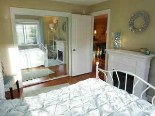 "Photo 6: 206 15357 ROPER Avenue: White Rock Condo for sale in ""Regency Court"" (South Surrey White Rock)  : MLS®# R2342552"