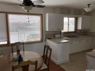 Photo 7: 359 Central Avenue South in Swift Current: South West SC Residential for sale : MLS®# SK762355