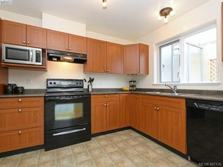 Photo 7: 303 908 Brock Avenue in VICTORIA: La Langford Proper Row/Townhouse for sale (Langford)  : MLS®# 407135