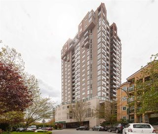 "Main Photo: 802 10 LAGUNA Court in New Westminster: Quay Condo for sale in ""Laguna Landing"" : MLS®# R2366262"
