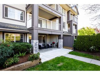 "Photo 2: 109 19320 65 Avenue in Surrey: Clayton Condo for sale in ""ESPIRIT"" (Cloverdale)  : MLS®# R2367383"