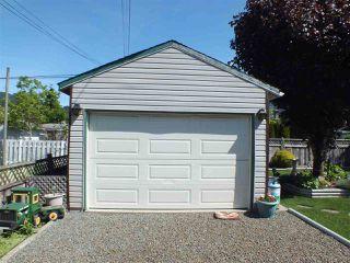 Photo 4: 549 RUPERT Street in Hope: Hope Center House for sale : MLS®# R2370530
