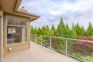 "Photo 3: 50 2979 PANORAMA Drive in Coquitlam: Westwood Plateau Townhouse for sale in ""DEERCREST"" : MLS®# R2377827"
