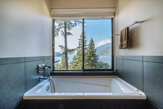 Photo 13: 8597 BEDORA Place in West Vancouver: Howe Sound House for sale : MLS®# R2381835