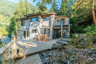Photo 16: 8597 BEDORA Place in West Vancouver: Howe Sound House for sale : MLS®# R2381835