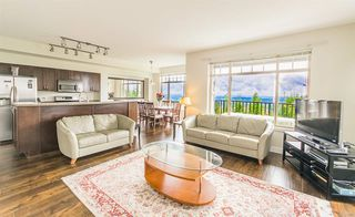 """Photo 2: 67 55 HAWTHORN Drive in Port Moody: Heritage Woods PM Townhouse for sale in """"COLBALT SKY"""" : MLS®# R2383132"""