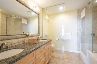 """Photo 14: 8520 SEASCAPE Court in West Vancouver: Howe Sound Townhouse for sale in """"Seascapes"""" : MLS®# R2384600"""