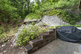 "Photo 19: 8520 SEASCAPE Court in West Vancouver: Howe Sound Townhouse for sale in ""Seascapes"" : MLS®# R2384600"