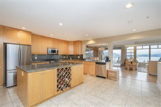 "Photo 4: 8520 SEASCAPE Court in West Vancouver: Howe Sound Townhouse for sale in ""Seascapes"" : MLS®# R2384600"