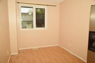 Photo 3: 3321 107 Avenue in Edmonton: Zone 23 Townhouse for sale : MLS®# E4174138