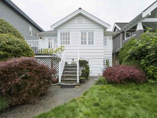 "Photo 17: 1219 KEITH Road in West Vancouver: Ambleside House for sale in ""Ambleside"" : MLS®# R2416985"