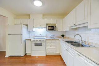 Photo 9: 211 9650 148 Street in Surrey: Guildford Condo for sale (North Surrey)  : MLS®# R2447719