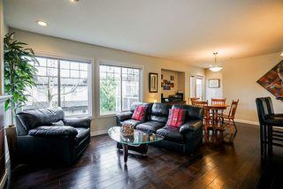 "Photo 2: 23 6110 138 Street in Surrey: Sullivan Station Townhouse for sale in ""Seneca Woods"" : MLS®# R2454674"