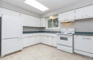 Photo 6: 2859 Churchwood Pl in : La Glen Lake House for sale (Langford)  : MLS®# 851155