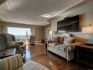 Photo 5: 402 1488 Dallas Rd in : Vi Fairfield West Condo for sale (Victoria)  : MLS®# 851745