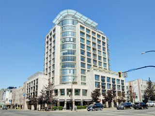 Photo 1: 408 760 Johnson St in : Vi Downtown Condo for sale (Victoria)  : MLS®# 856297