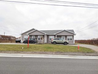 Photo 2: 121 / 123 Connaught Avenue in Glace Bay: 203-Glace Bay Residential for sale (Cape Breton)  : MLS®# 202100064