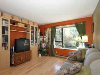 """Photo 9: 1035 SCANTLINGS in Vancouver: False Creek Townhouse for sale in """"MARINE MEWS"""" (Vancouver West)  : MLS®# V875411"""