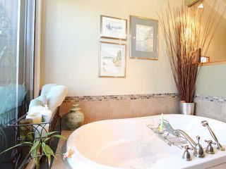 """Photo 8: 1035 SCANTLINGS in Vancouver: False Creek Townhouse for sale in """"MARINE MEWS"""" (Vancouver West)  : MLS®# V875411"""