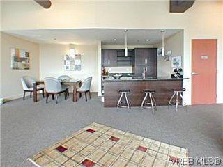 Photo 4: S301 737 Humboldt Street in VICTORIA: Vi Downtown Condo Apartment for sale (Victoria)  : MLS®# 292352