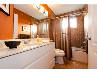 Photo 9: 2961 W 5TH Avenue in Vancouver: Kitsilano House 1/2 Duplex for sale (Vancouver West)  : MLS®# V920656