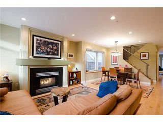 Photo 2: 2961 W 5TH Avenue in Vancouver: Kitsilano House 1/2 Duplex for sale (Vancouver West)  : MLS®# V920656