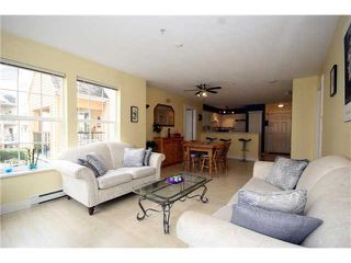 """Photo 6: 303 1363 56TH Street in Tsawwassen: Cliff Drive Condo for sale in """"WINDSOR WOODS"""" : MLS®# V922513"""