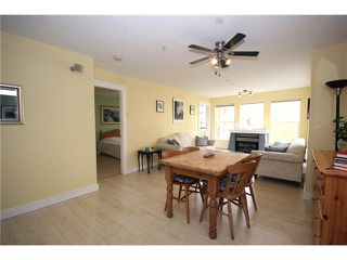 """Photo 4: 303 1363 56TH Street in Tsawwassen: Cliff Drive Condo for sale in """"WINDSOR WOODS"""" : MLS®# V922513"""