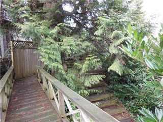 "Photo 18: 2406 WEYMOUTH Place in North Vancouver: Lynn Valley House for sale in ""Lynn Valley"" : MLS®# V1045846"