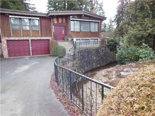 "Photo 1: 2406 WEYMOUTH Place in North Vancouver: Lynn Valley House for sale in ""Lynn Valley"" : MLS®# V1045846"