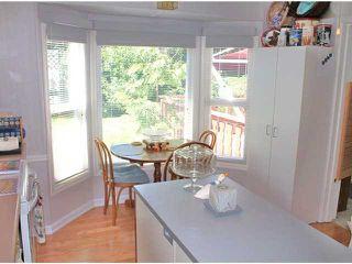 "Photo 6: 25 1123 FLUME Road: Roberts Creek Manufactured Home for sale in ""IKE-LON"" (Sunshine Coast)  : MLS®# V1057294"