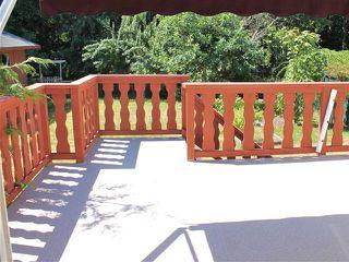 "Photo 3: 25 1123 FLUME Road: Roberts Creek Manufactured Home for sale in ""IKE-LON"" (Sunshine Coast)  : MLS®# V1057294"