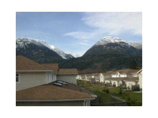 "Photo 6: 20 1821 WILLOW Crescent in Squamish: Garibaldi Estates Townhouse for sale in ""WILLOW VILLAGE"" : MLS®# V1061460"