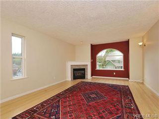 Photo 6: 3577 Kelly Dawn Place in VICTORIA: La Walfred Single Family Detached for sale (Langford)  : MLS®# 343174