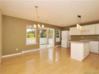 Photo 2: 3577 Kelly Dawn Place in VICTORIA: La Walfred Single Family Detached for sale (Langford)  : MLS®# 343174