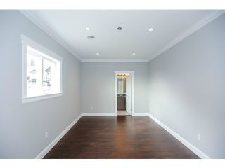 Photo 14: 5328 188A Street in Surrey: Cloverdale BC House for sale (Cloverdale)  : MLS®# F1434997