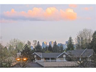 "Photo 15: 321 1330 MARINE Drive in North Vancouver: Pemberton NV Condo for sale in ""THE DRIVE"" : MLS®# V1116961"