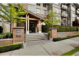 Photo 2: 103 6268 EAGLES Drive in Vancouver: University VW Condo for sale (Vancouver West)  : MLS®# V1120049