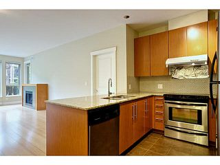 Photo 4: 103 6268 EAGLES Drive in Vancouver: University VW Condo for sale (Vancouver West)  : MLS®# V1120049