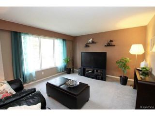 Photo 4: 26 Brownell Bay in WINNIPEG: Charleswood Residential for sale (South Winnipeg)  : MLS®# 1512171