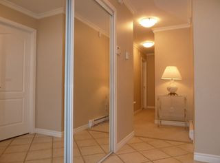 Photo 2: 99 219 Begin Street in Coquitlam: Home for sale