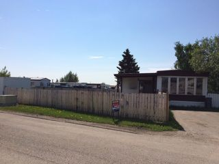 """Main Photo: 137 8420 ALASKA Road in Fort St. John: Fort St. John - City SE Manufactured Home for sale in """"PEACE COUNTRY MOBILE HOME PARK"""" (Fort St. John (Zone 60))  : MLS®# N245691"""
