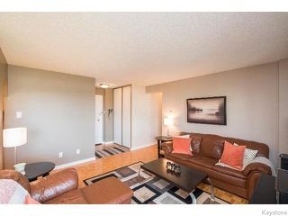 Photo 5: 1975 Corydon Avenue in WINNIPEG: River Heights / Tuxedo / Linden Woods Condominium for sale (South Winnipeg)  : MLS®# 1519704