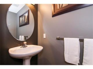 Photo 19: 124 INGLEWOOD Cove SE in Calgary: Inglewood House for sale : MLS®# C4024645