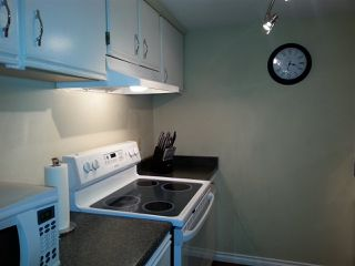 Photo 9: 10 340 GINGER Drive in New Westminster: Fraserview NW Townhouse for sale : MLS®# R2041154