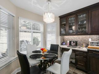 """Photo 9: 56 8555 209TH Street in Langley: Walnut Grove Townhouse for sale in """"AUTUMNWOOD"""" : MLS®# R2042335"""