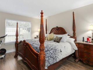 """Photo 11: 56 8555 209TH Street in Langley: Walnut Grove Townhouse for sale in """"AUTUMNWOOD"""" : MLS®# R2042335"""