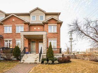 Photo 1: 21 B Hobden Place in Toronto: Willowridge-Martingrove-Richview House (3-Storey) for sale (Toronto W09)  : MLS®# W3435013
