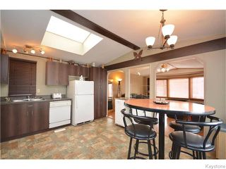 Photo 2: Vernon Keats Drive in Winnipeg: Residential for sale : MLS®# 1606290