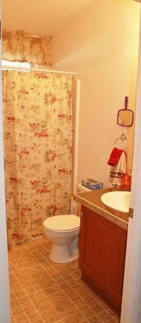 Photo 8: EL CAJON Manufactured Home for sale : 2 bedrooms : 1631 Harbison Canyon Road #37